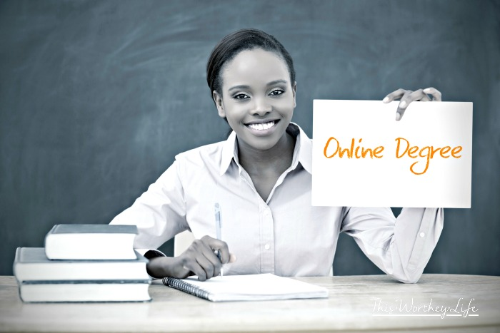 5 Benefits of Pursuing Your Degree Online