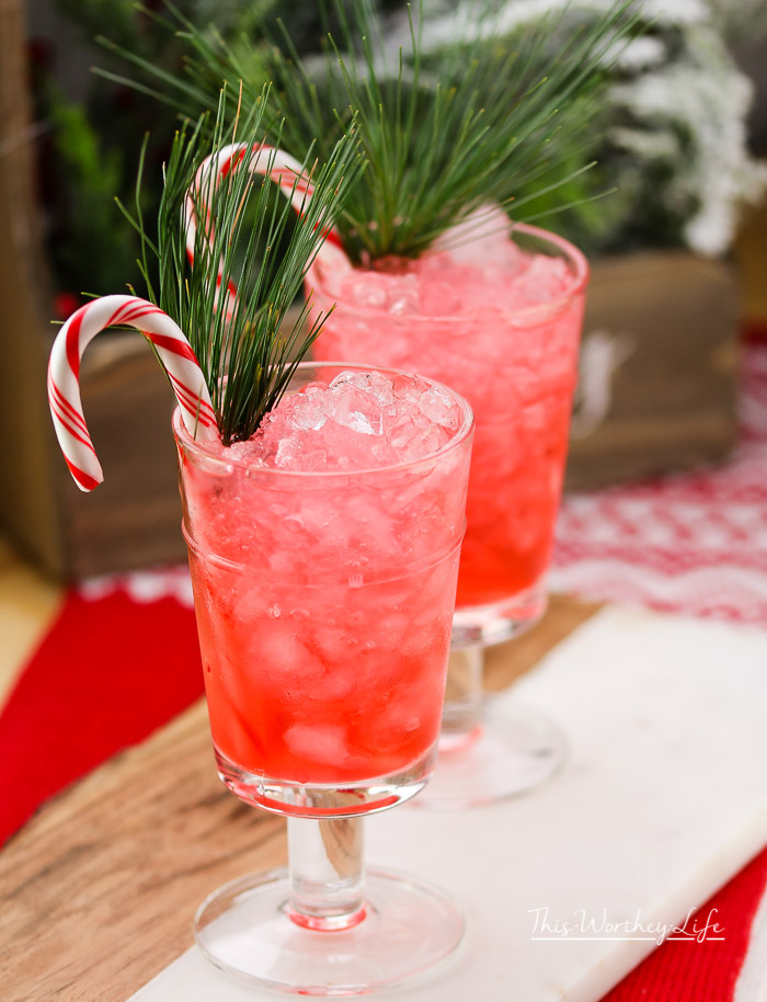 Get in the holiday mood with a drink of myChristmas Peppermint Julep. I'm taking the traditional mint julep recipe and giving it a peppermint twist. For all of my peppermint lovers, this one's for you!