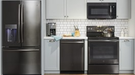 GE kitchen, GE Black Stainless Kitchen, kitchen shell