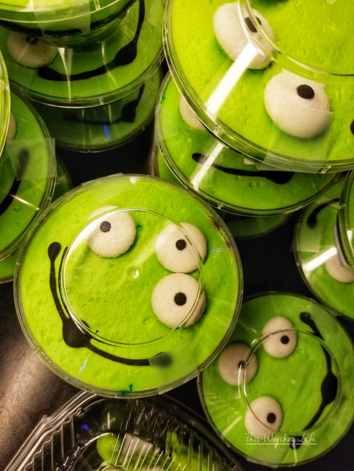 best food at pixar fest- Macaron and a Blackberry-Lime Parfait