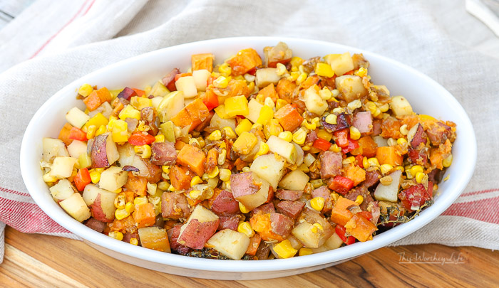 I'm sharing tips on keeping your perishable items cold while visiting a farmers market, as well as a delicious breakfast or brunch recipe: Loaded Sweet Potato Skillet filled with fresh veggies picked up at the farmers market.