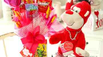 Need some inspiration on Valentine's Day gift ideas for teen boys? I'm sharing several gift ideas for teens boys that would make a great Valentine's Day gift idea!