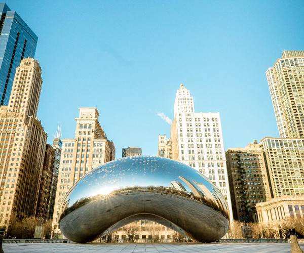10 Fun Yet Safe Things You Can Do in Chicago Right Now