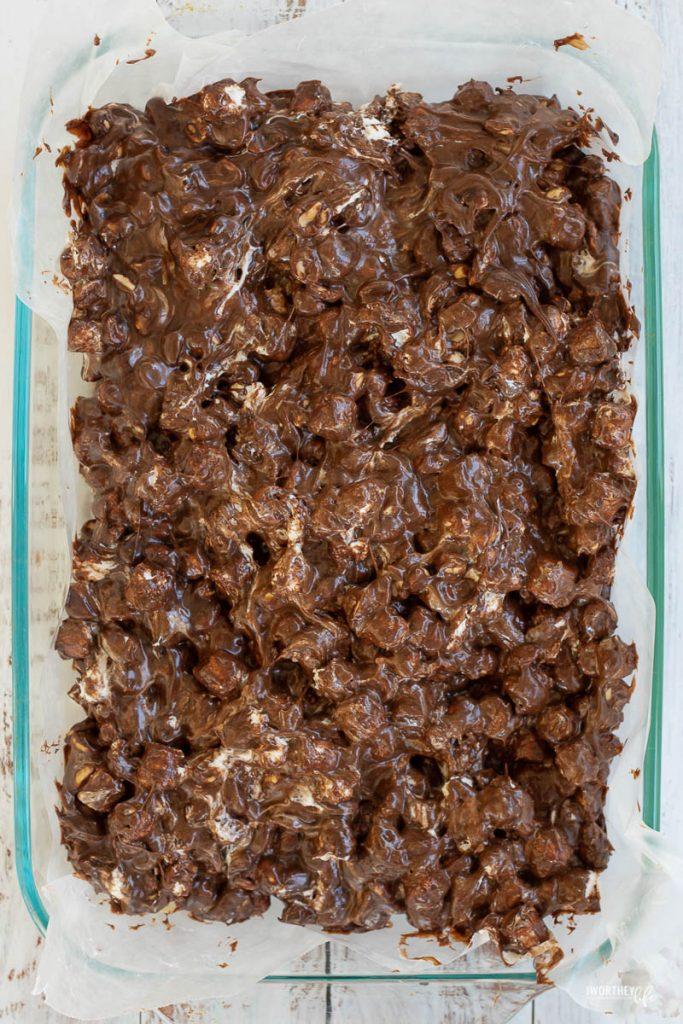making rocky road treats in a glass casserole dish