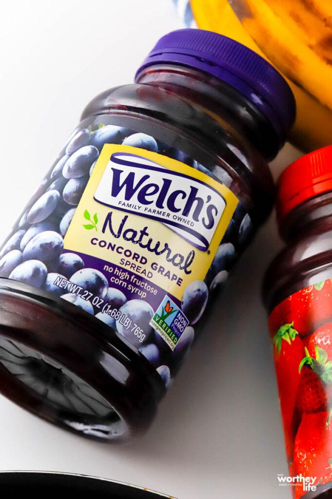 a jar of concord grape spread