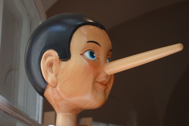 Ohne Worte: Die Menschen lügen - alle.