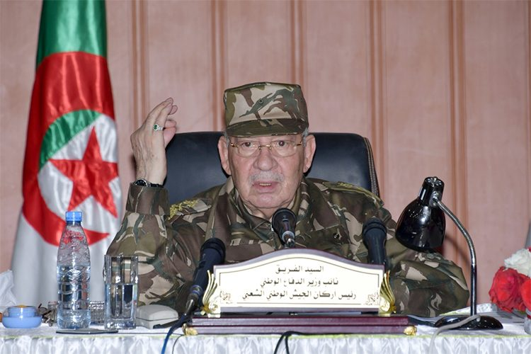 قايد صالح: القيادة العليا للجيش افشلت المخططات الدنيئة للعصابة