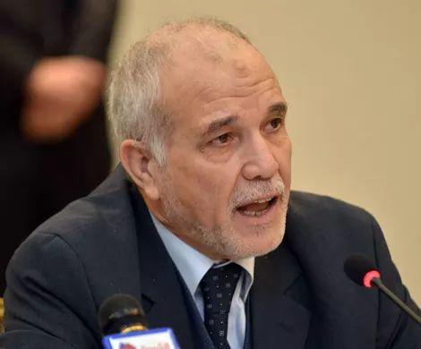 شرفي يدعو الشعب لمرافقة اللجنة