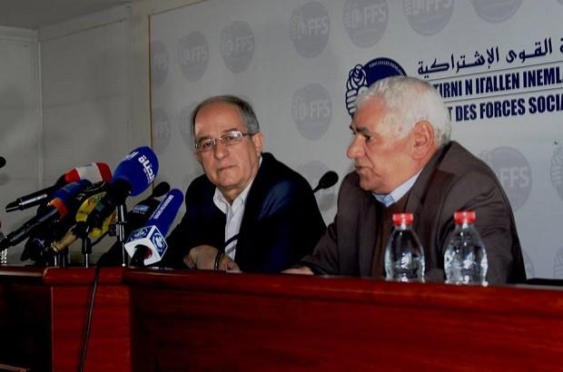 الأفافاس يقترح عقد ندوة وطنية