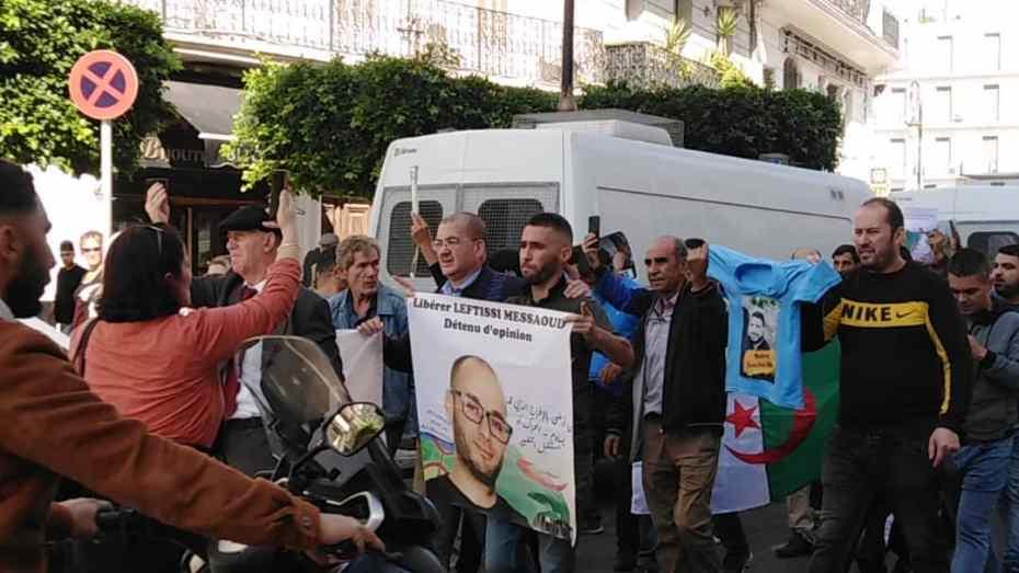 وزارة العدل تكشف العديد الحقيقي لسجناء الرأي المُفرج عنهم