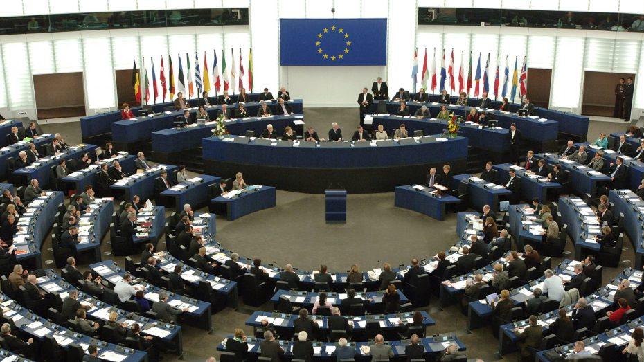 الاتحاد الأوروبي يؤكّد على احترامه لسيادة واستقلال الجزائر