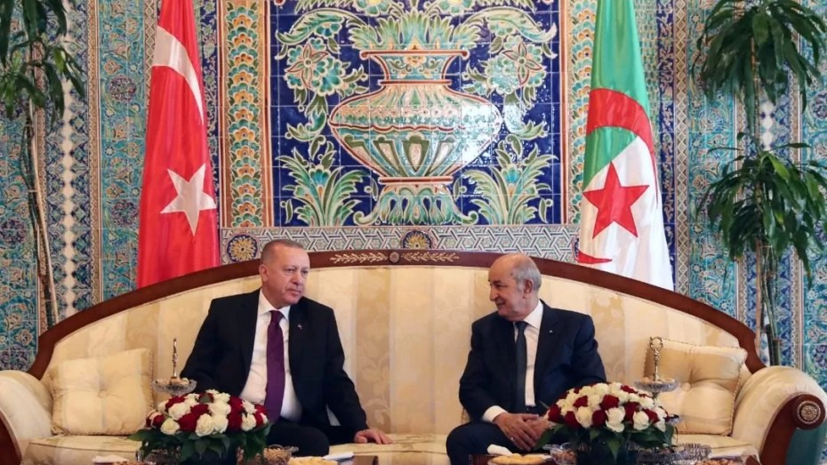 أردوغان يساند المقاربة الجزائرية في حل الازمة الليبية
