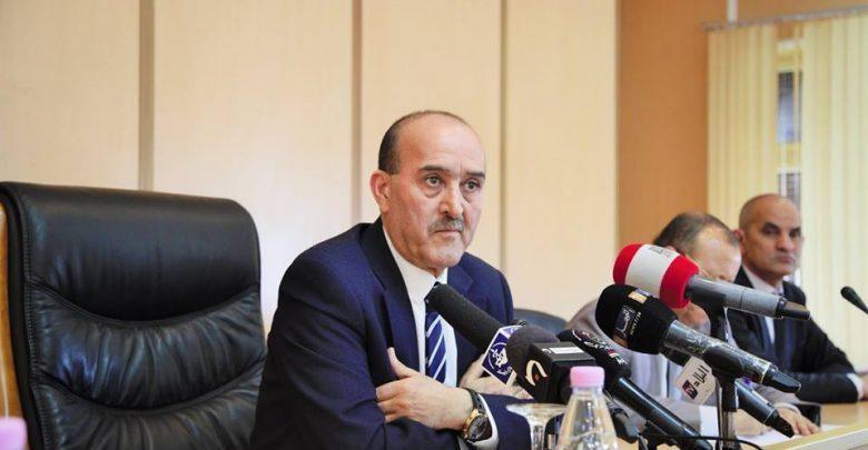 """وزير الداخلية يوضح بشأن حادثة إهانة """"معلمة وهران"""""""