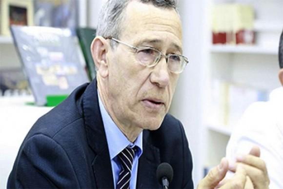 وزير الاتصال يتعهد بمحاورة الشركاء الإعلاميين