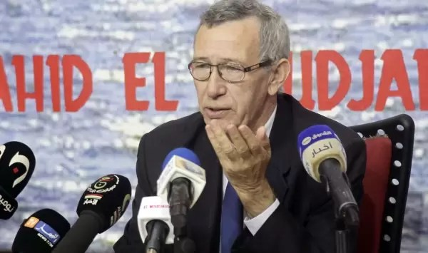 بلحيمر يعتبر المؤسسة العسكرية الجزائرية عقدة نظام المخزن الأزلية