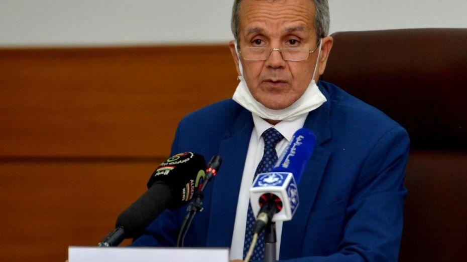 الجزائر ستقلص عدد المرضي الذين يعالجون بالخارج