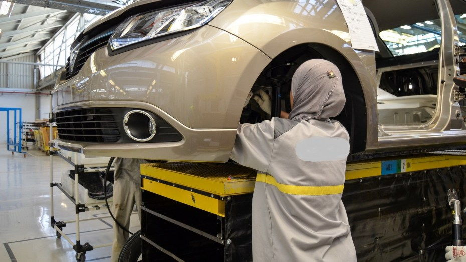 دفتر شروط صناعة السيارات يصدر شهر جويلية
