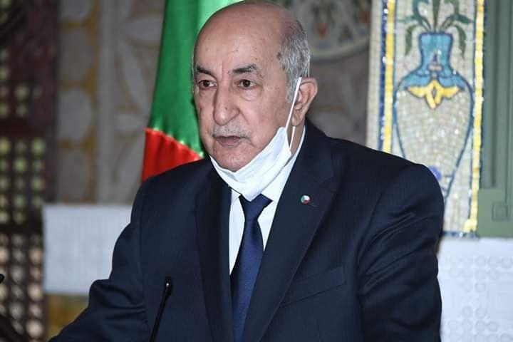 الرئيس يستقبل رفات شهداء الجزائر
