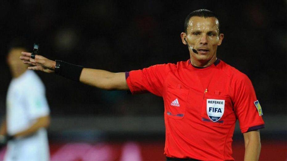 بالفيديو| الحكم الدولي السابق حيمودي يكشف عن المباراة الأصعب في مسيرته التحكيمية