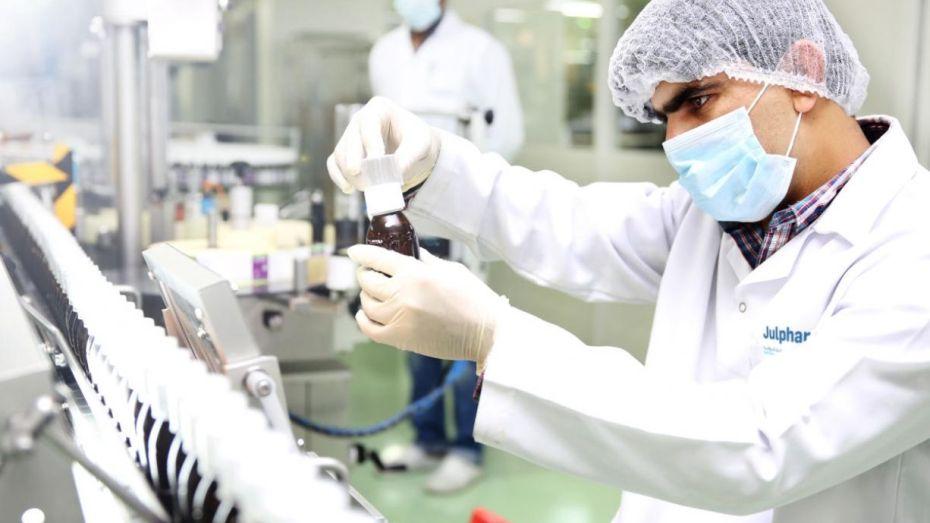 الصيادلة يطالبون برفع قيود عن تسجيل الأدوية المصنعة محليا