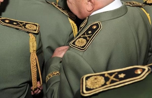 تهمة الخيانة العظمى لرئيس أمانة الراحل قايد صالح