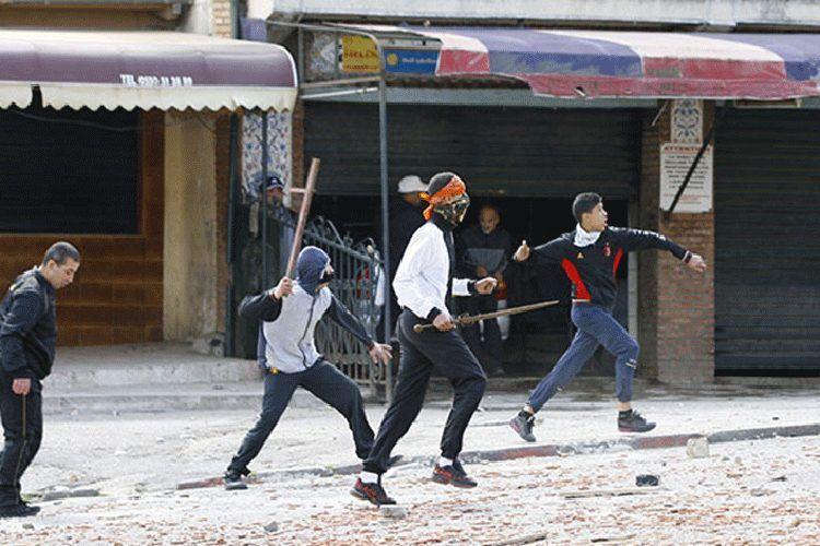 عقوبات تصل إلى 12سنة سجنا لصانعي الأسلحة البيضاء
