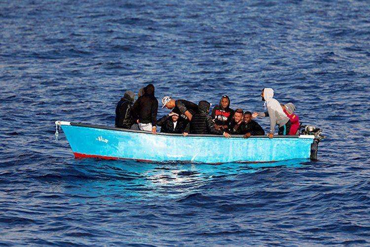 """أكثر من 4000 """"حراق"""" جزائري وصلوا السواحل الإسبانية"""