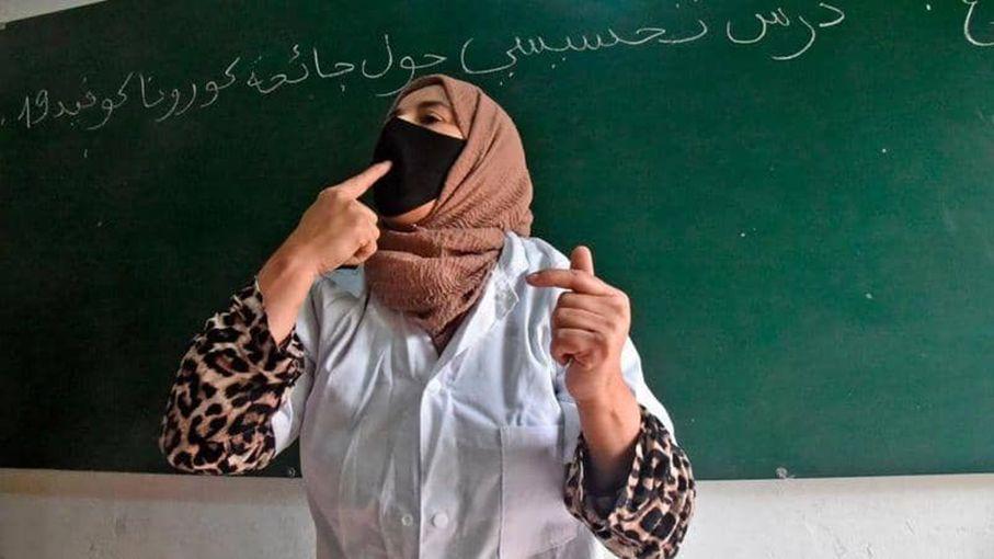 الوزير الأول يفصل في مسألة غلق المدارس بسبب تفشي كورونا