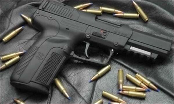 شبكة في الغرب الجزائري تتاجر بالأسلحة النارية والذخيرة
