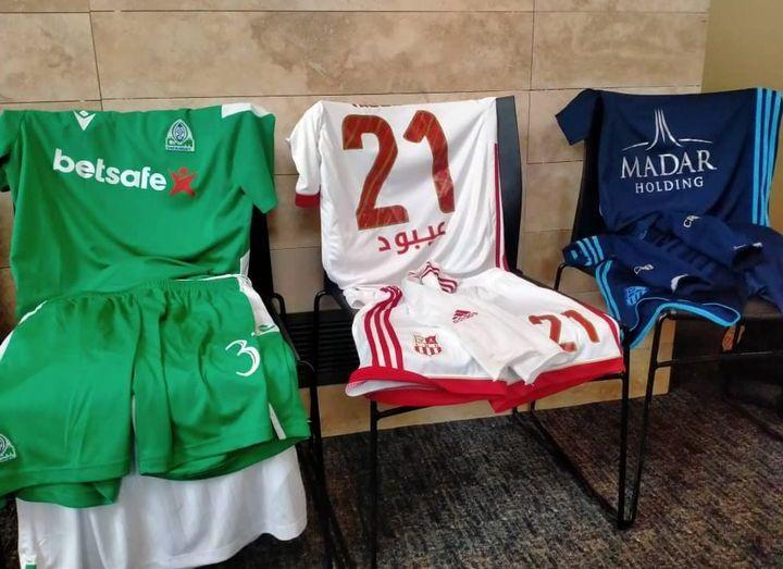 شباب بلوزداد يسقط اللغة الفرنسية من قمصان اللاعبين