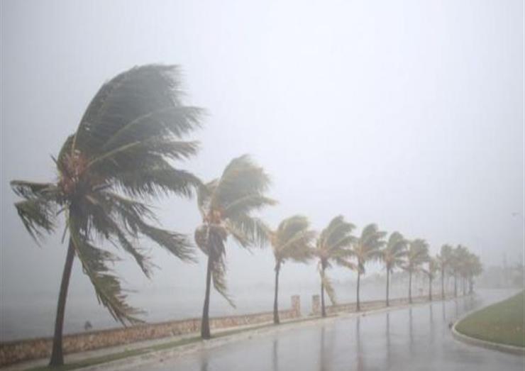 رياح قوية على 10 مناطق ساحلية