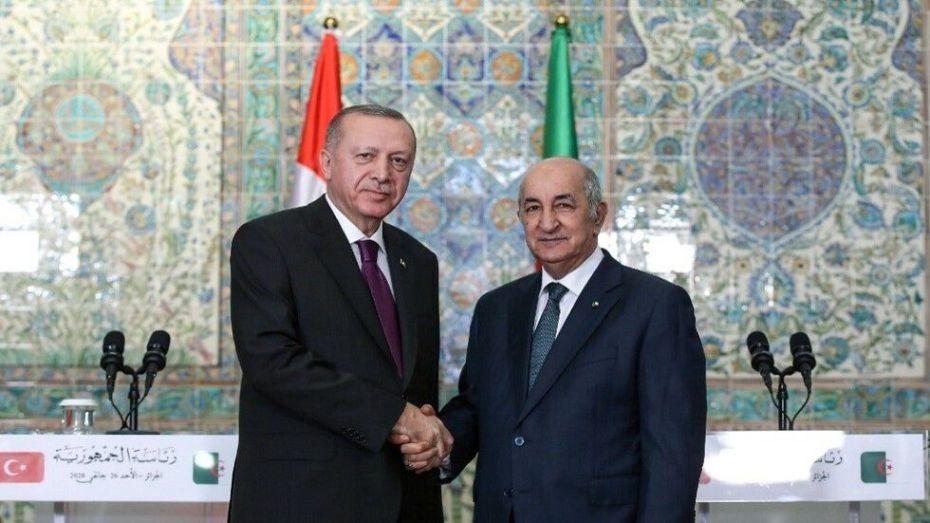 تركيا تعقد آمالا كبيرة على دور الجزائر في حل الأزمة الليبية