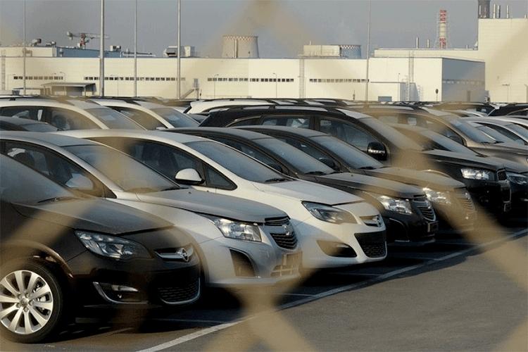 بعد قرار آيت علي الجديد.. أسعار السيارات قد لا تعرف تراجعا في الأسعار