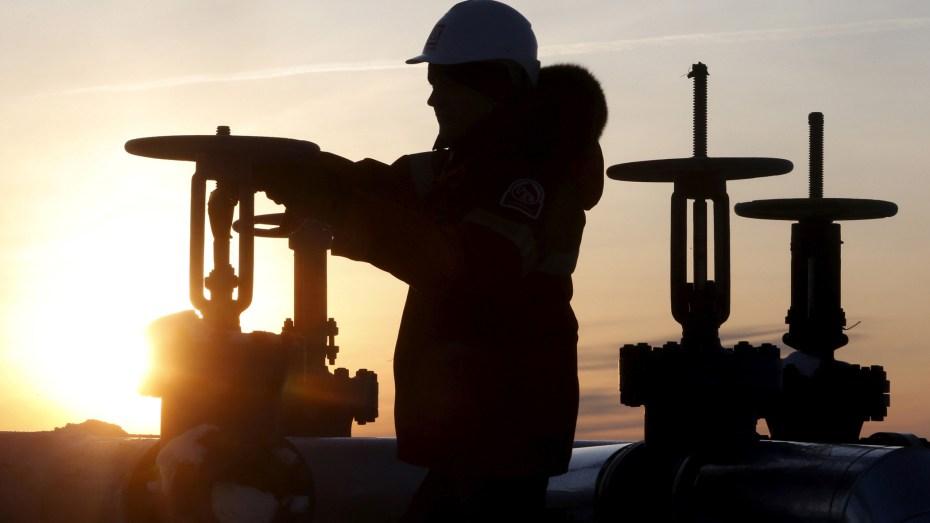 """أسعار النفط ترتفع من جديد بنسبة 3 % بعد قرار """"أوبك +"""""""