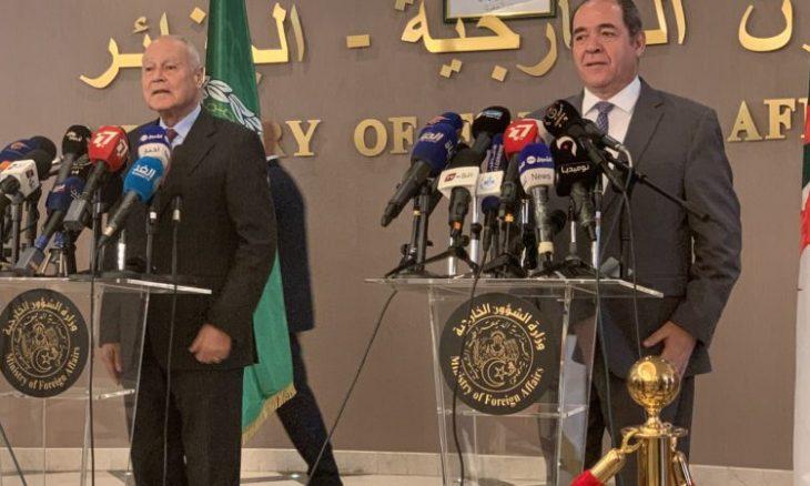 بوقدوم يتحادث هاتفيا مع الأمين العام لجامعة الدول العربية