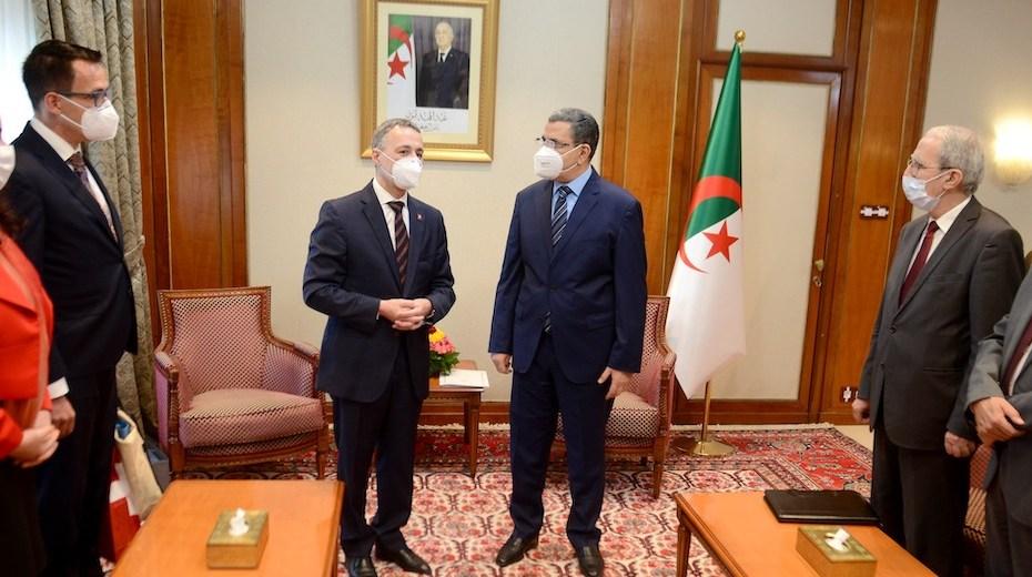 الوزير الأول يستقبل رئيس الدائرة الاتحادية للشؤون الخارجية السويسرية