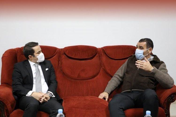 وزير الشباب والرياضة يقطع الطريق أمام خير الدين زطشي