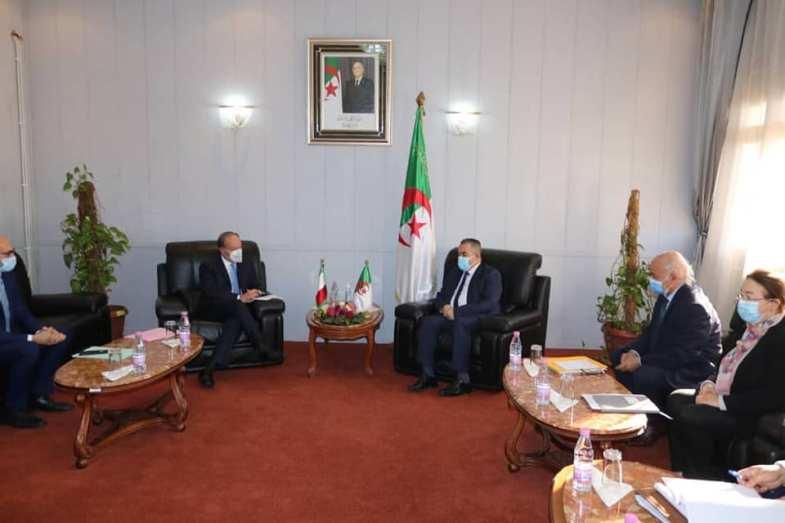 الجزائر تبحث مع إيطاليا سبل التعاون في مجال الموارد المائية