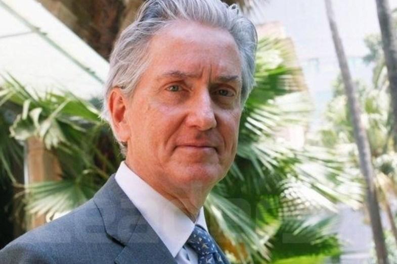 السفير الفرنسي في الجزائر يرد على الانتقادات التي طالت تحركاته
