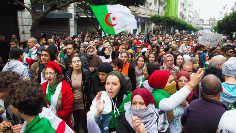 ترشيح الحراك الشعبي في الجزائر لنيل جائزة نوبل للسلام!