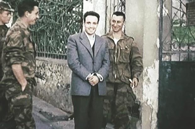 ماكرون يحضر للاعتراف بتصفية فرنسا لبن مهيدي