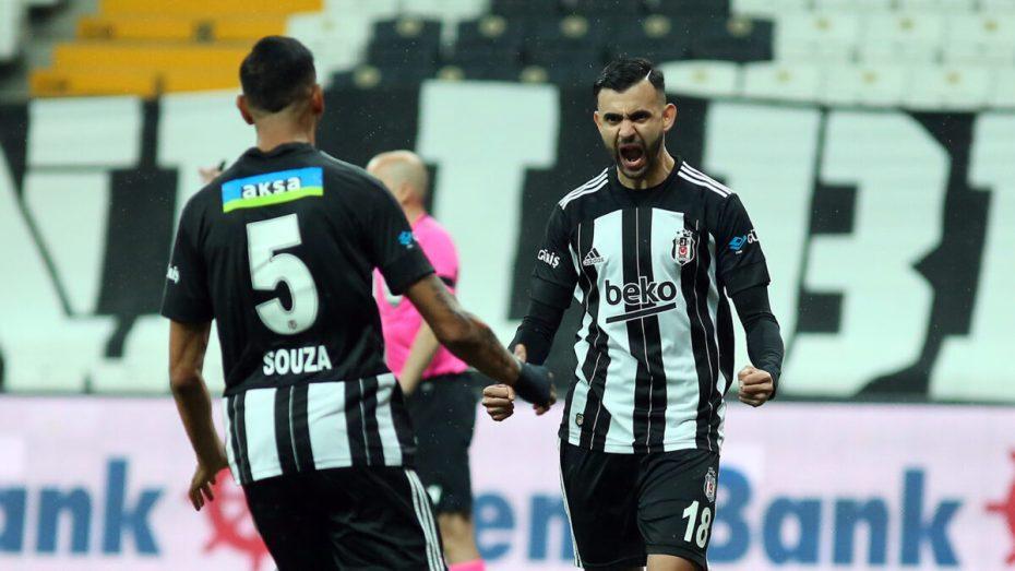 واصل النجم الجزائري رشيد غزال نثر سحره في الدوري التركي لكرة القدم، بقيادته ناديه رفقة ناديه بشكتاش لمواصلة زعامة الدوري التركي لكرة القدم.