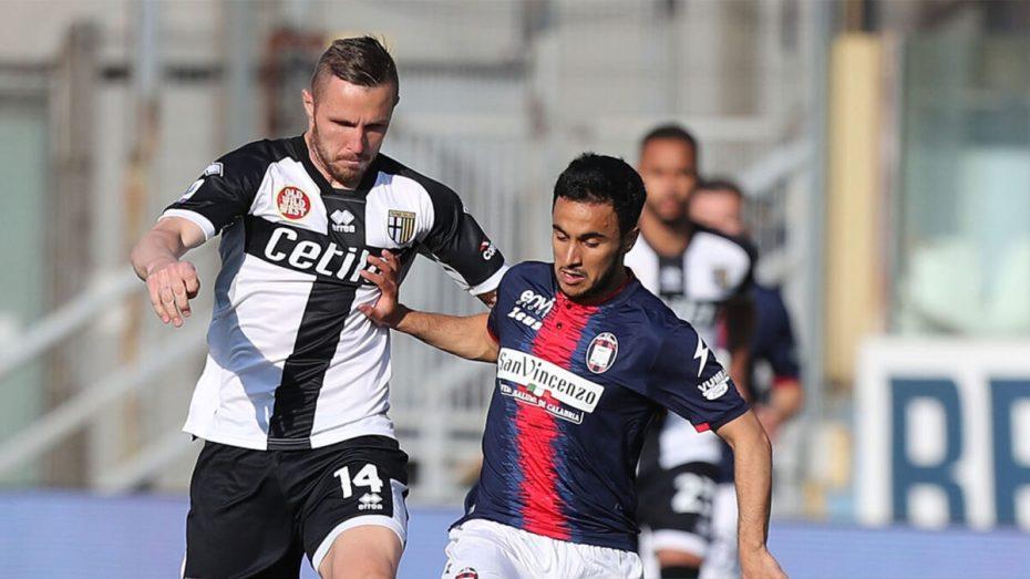 آدم وناس ينتفض ويستعرض قوة عضلاته الكروية في الدوري الإيطالي