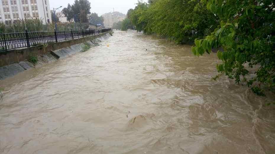 تساقط الأمطار الغزيرة يتسبب في فياضانات ببجاية