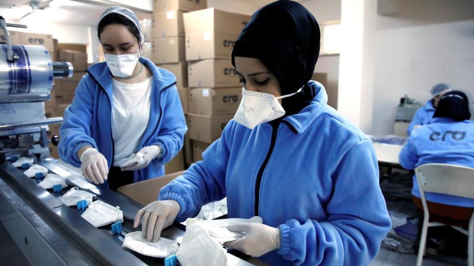 الجزائر ستشرع في تصدير الكمامات والأكسجين الطبي السائل