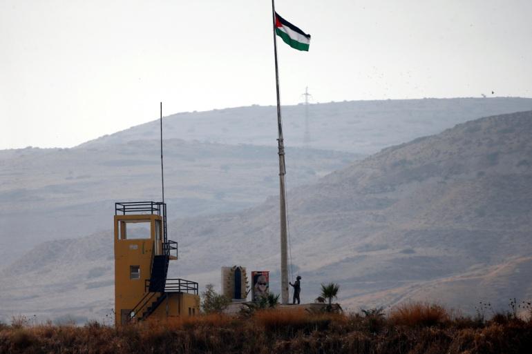 الأردنيون يتخطّون الحدود لمساندة فلسطين