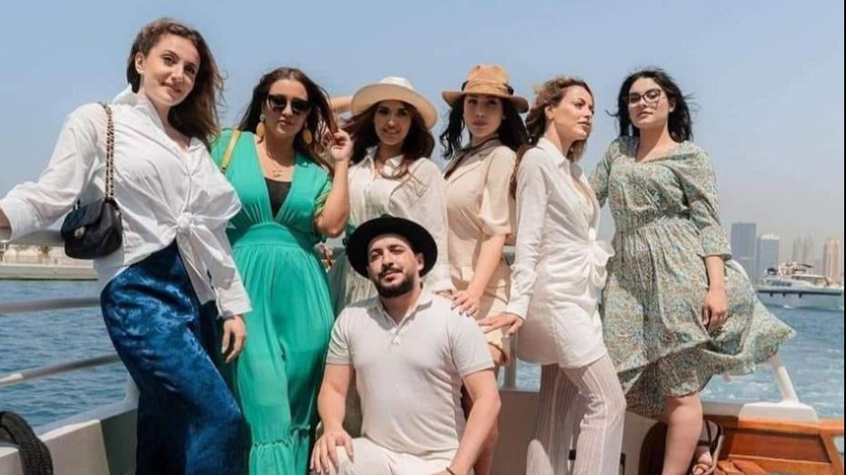 """قناة """"الجزائرية وان"""" توقف برنامج """"ديزاد في دبي"""" بسبب مشاهد غير لائقة"""