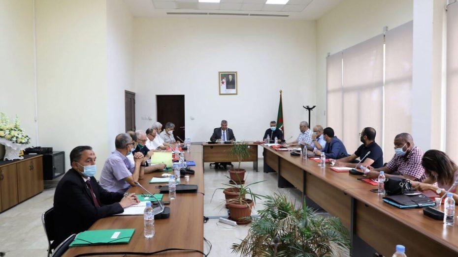المكتب الفدرالي للفاف يفصل في مصير بطولة الموسم الحالي