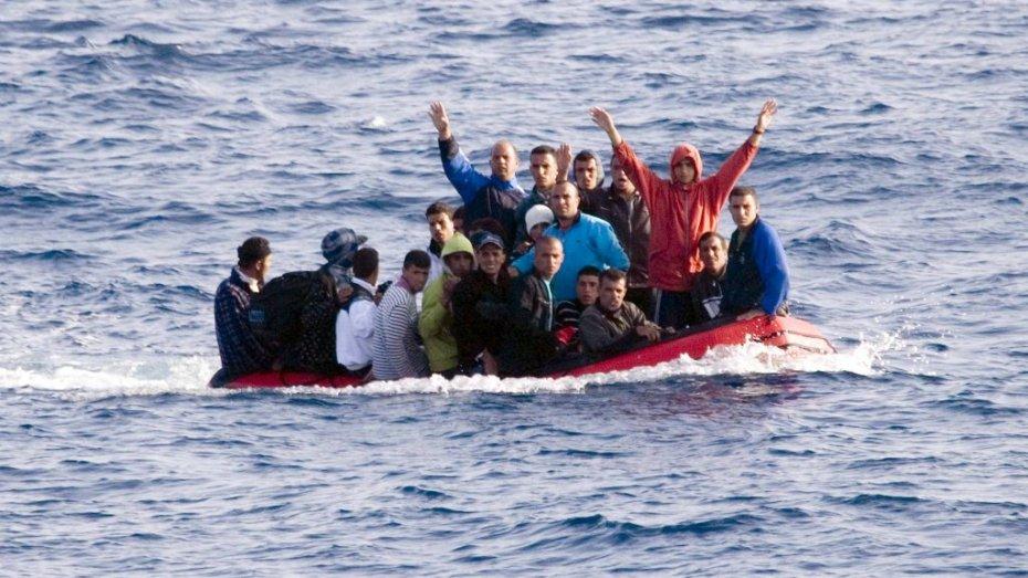 الجزائر ترفض عودة مهاجرين جزائريين غير شرعيين من فرنسا