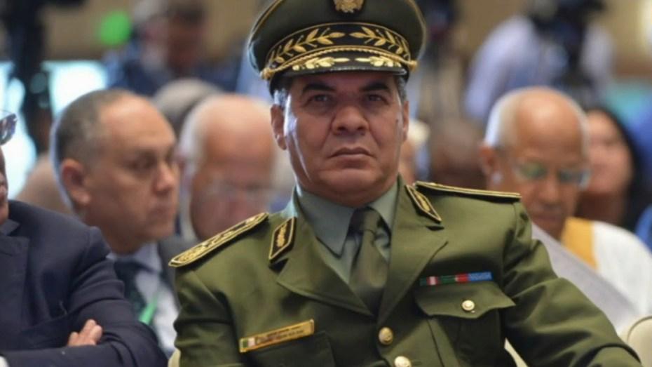 تبون يرقي قائد الدرك الوطني لرتبة جنرال